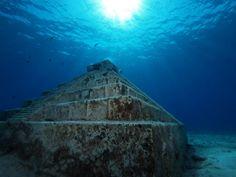 Ice Age underwater pyramids, Yonaguni islands, Japan