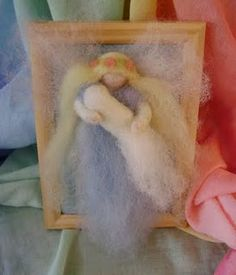 felted angel and child - christening idea Felt Angel, Wool Dolls, Christening Gifts, Angel Art, Nature Crafts, Twinkle Twinkle, Needle Felting, Arts And Crafts, Crafty
