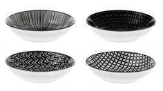 4er Set Schale China, flach, schwarz/weiß - Mit dieser Schale im 4er Set können Sie Ihren Gästen leckere Kleinigkeiten servieren.Material: PorzellanMarke: NANU-NANA