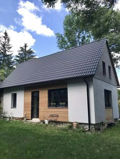 Exterior House Siding, Home Exterior Makeover, Cladding, Design Case, Home Remodeling, Bungalow, Home Fashion, Architecture Design, House Plans