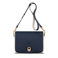 Loewe presents the new Inés LG bag, a larger version of the versatile Inés bag available in three shades of blue.