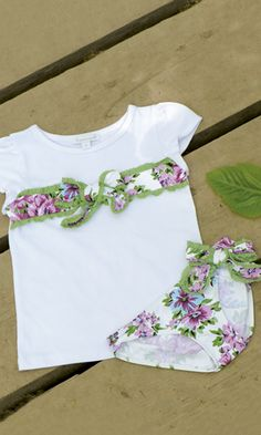 Vistiendo a tres. Cotton Dresses, Body, Shirt Style, Kids Fashion, Girl Outfits, Crop Tops, T Shirt, Baby Tops, Clothes