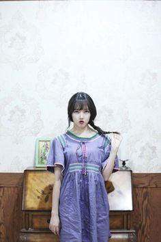 """Naver Starcast: ""Love Whisper"" MV Shooting Behind the Scenes "" Kpop Girl Groups, Kpop Girls, Gfriend Profile, Gfriend Album, Duck Face, Entertainment, G Friend, Kpop Outfits, South Korean Girls"
