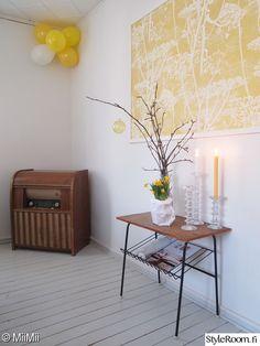 putkiradio,lasipullo,festivo-kynttilänjalat,teak,keltainen