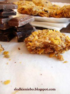 Ciastka z płatkami kukurydzianymi i czekoladą