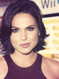 Lana Parrilla, once upon a time. Love her hair. Woman Crush, Hair Dos, Cute Hairstyles, Pretty People, New Hair, Short Hair Styles, Beauty Hacks, Hair Makeup, Hair Color