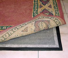 Portable Electric floor heating - would be nice under tables in studio  site=  http://cozywinters.com/shop/rug-heat.html