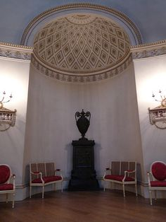 alcove of the Saloon in Kedleston Hall - Robert Adam