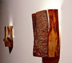 modern desiner wall sconces made of wood for interesting lighting design and wall decoration Source Rustic Lighting, Cool Lighting, Edison Lampe, Branch Decor, Bedside Lighting, Steampunk Lamp, Wood Lamps, Cool Floor Lamps, Unique Furniture