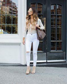 Wearing the most comfortable heels on Mia Mia Mine today. Shop them here: @liketoknow.it www.liketk.it/2hhDG #liketkit #ltkunder100 #ontheblog