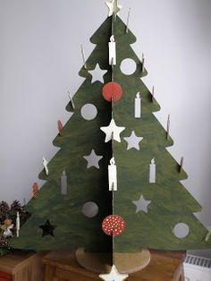Karton karácsonyfa