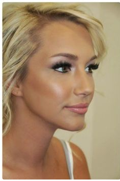 Stunning bridal makeup. Get the look from Younique. Order now or host your own virtual Beauty Bash and get your products for free!  www.amyvence.com