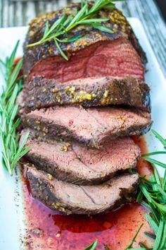 Roasted Beef Tenderloin with Gorgonzola Pepper Cream Sauce Roasted Beef Tenderloin with Gorgonzola Pepper Cream Sauce + Silpat Review #HolidayProgressiveDinner #ad @Silpat #recipe