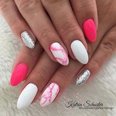 23 Creative Ways to Wear Pink and White Nails Trendy Pink Marble Nails Drip Nails, Dipped Nails, Shellac Nails, My Nails, Nail Polish, Oval Nails, Marbled Nails, Cute Acrylic Nails, Cute Nails