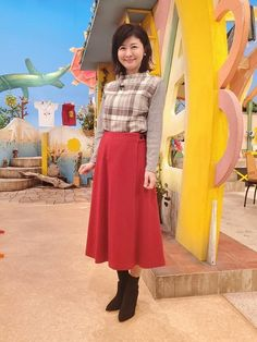 松井愛|今週の衣装|せやねん!|MBS毎日放送 Waist Skirt, High Waisted Skirt, Skirts, Fashion, Moda, High Waist Skirt, Fashion Styles, Skirt