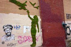 #Graffiti com musgo!  #criatividade #urban #art #eco