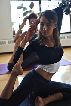 Maggie Q - there's something extremely sexy about flexible women...