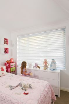 Luxaflex Silhouette Shadings, Girls Room - Child-safe Blinds Solutions