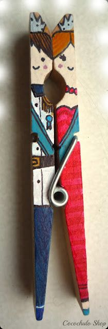 Keep the idea, use symbols and colors for magical intent Clothes Pin Ornaments, Clothes Pin Wreath, Clothes Pegs, Clothes Crafts, Popsicle Stick Crafts, Craft Stick Crafts, Easy Crafts, Diy And Crafts, Crafts For Kids