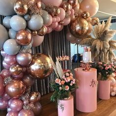 What an amazing birthday party set up! Tag your friends to give them a cheeky hint   Check out our recent posts and enter our #giveaway to #win an 18CT Rose Gold plated bracelet made with #Swarovski Elements