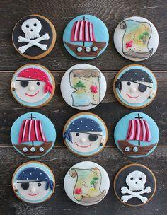 Pirates cookies by bubolinkata Pirate Birthday, Pirate Theme, Boy Birthday Parties, Pirate Cookies, Pirate Cupcake, Cupcakes For Boys, Cookies For Kids, Pirate Ship Watermelon, Fondant Cupcake Toppers