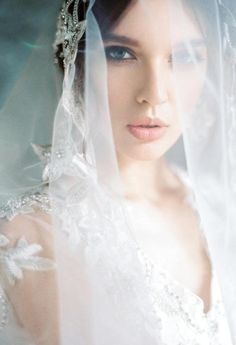 Lace Bridal Veil, handmade embroidery There are different rumors about the real history of the marriage dress; Bridal Portrait Poses, Bridal Poses, Bride Portrait, Bridal Photoshoot, Bridal Shoot, Bridal Portraits Outdoor, Bridal Session, Lace Bridal, Bridal Gown