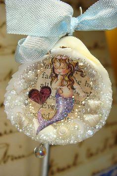 Mermaid Ornament by SeaTreasure on Etsy Mermaid Ornament, Seashell Ornaments, Seashell Art, Seashell Crafts, Beach Crafts, Summer Crafts, Beach Christmas, Coastal Christmas, Christmas Crafts