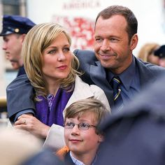 Full Cast of blue bloods | Blue Bloods Pictures, Donnie Wahlberg Photos, Amy Carlson Pics - Photo ...