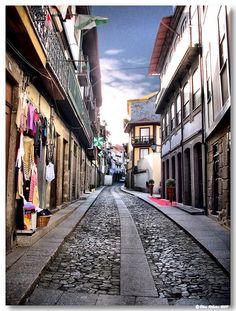 Rua Ega Moniz (Guimarães)