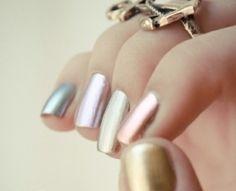 Metallic nagellak