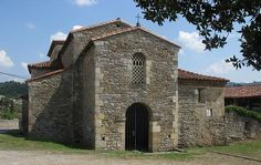 Prerrománico :: Basílica de San Juan. PRAVIA