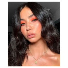 Tangerine eyeshadow makeup look - Mandarine Lidschatten Make-up Glam Makeup, Cute Makeup, Pretty Makeup, Skin Makeup, Makeup Inspo, Eyeshadow Makeup, Makeup Inspiration, Makeup Ideas, Clown Makeup