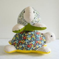 Free turtle softie sewing pattern from Purl Bee