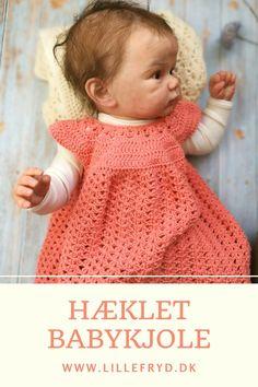 Baby Girl Crochet, Newborn Crochet, Cute Crochet, Knitting Designs, Knitting Patterns, Crochet Cardigan Pattern, Baby Shirts, Crochet Clothes, Baby Dress
