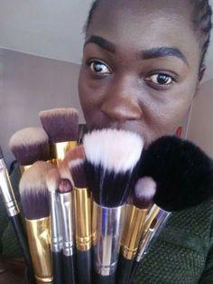 Black Opal, Makeup, Beauty, Make Up, Makeup Application, Beauty Makeup, Beauty Illustration, Diy Makeup, Maquiagem