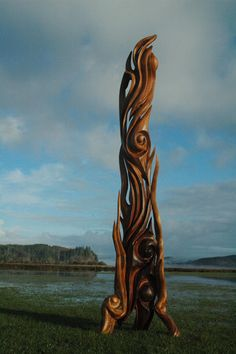 Sculpture from reclaimed driftwood by Jeffro Uitto  Knock on Wood || Gallery