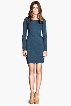 Long-Sleeve Dresses That Make Comfy Look Damn Good #refinery29  http://www.refinery29.com/best-long-sleeve-dresses-2014#slide15