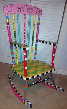 Painted Chair Ideas Awesome Handcrafted and Painted Child S Rocking Chair Painted Rocking Chairs, Hand Painted Chairs, Whimsical Painted Furniture, Hand Painted Furniture, Funky Furniture, Recycled Furniture, Refurbished Furniture, Paint Furniture, Furniture Makeover