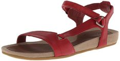 Walking sandals have long been known for their comfort, NOT their style. Find out which outdoor footwear brand is designing potentially CUTE travel sandals! Travel Wear, Travel Outfit Summer, Summer Outfits, Travel Outfits, Travel Fashion, Summer Clothes, Best Travel Sandals, Travel Shoes, Travel Clothing