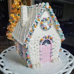 What a beautiful gingerbread creation by using Wilton sprinkles! ✨What are you baking this holiday season? Cool Gingerbread Houses, Gingerbread House Designs, Gingerbread House Parties, Christmas Gingerbread House, Gingerbread Cookies, Gingerbread Village, Christmas Goodies, Christmas Desserts, Christmas Treats