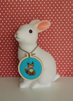 Mr Fox. Mini Wooden Embroidery Hoop necklace. Made with felt and teeny tiny stitches.