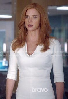 Donna's white rolled neck dress on Suits.  Outfit Details: http://wornontv.net/51366/ #Suits