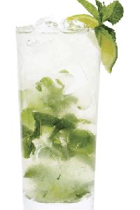 CUCUMBER REFRESHER 4 mint leaves 1 large basil leaf 1 lime wedge parts Skinnygirl Cucumber Vodka 3 parts soda water ½ tsp. Garnish with lime wedge. Summer Drink Recipes, Summer Drinks, Fun Drinks, Alcoholic Drinks, Beverages, Mixed Drinks, Mint Recipes, Holiday Drinks, Refreshing Drinks