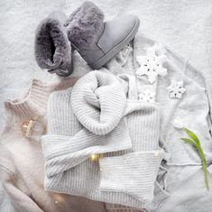 """Polubienia: 1,300, komentarze: 135 – @neecik na Instagramie: """"Idealne przygotowanie na zimowe ferie 💪🏼 Tylko, że ani nie ma śniegu ani ferie już mnie nie dotyczą…"""""""