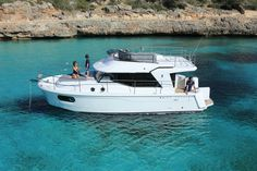 Ancasta presents the Beneteau Power Swift Trawler 30 at the Southampton Boat Show