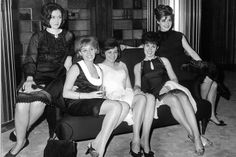 Eurovision Song Contest 1965 : Yovanna (Switzerland), Conny Vandenbos (The Netherlands), Ulla Wiesner (Germany), Lize Marke (Belgium) and Conchita Bautista (Spain)
