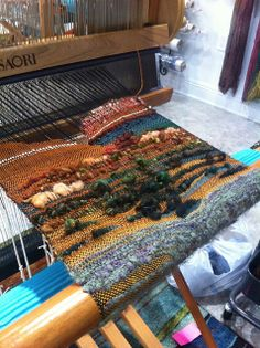 Ravelry: jennypelc's SAORI Kai - Spring 2014 Paper Weaving, Weaving Textiles, Weaving Art, Tapestry Weaving, Loom Weaving, Hand Weaving, Textile Fiber Art, Weaving Projects, Weaving Techniques