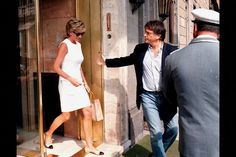 19 Jun 1996 --- PRIVATE VISIT BY DIANA TO ROME --- Image by © CORBIS SYGMA