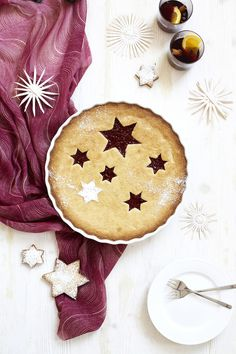 Via Elkins Elkins Becker Christmas Deserts, Holiday Pies, Noel Christmas, All Things Christmas, Xmas Food, Love Food, Sweet Recipes, Sweet Treats, Favorite Recipes