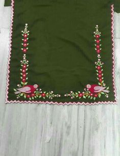Embroidery Suits Punjabi, Embroidery Suits Design, Machine Embroidery Designs, Embroidery Patterns, Neck Designs For Suits, Dress Neck Designs, Designs For Dresses, Punjabi Suits Designer Boutique, Boutique Suits